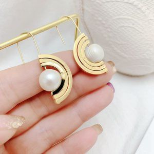 Tory Burch Spinning Mother Of Pearl Earrings